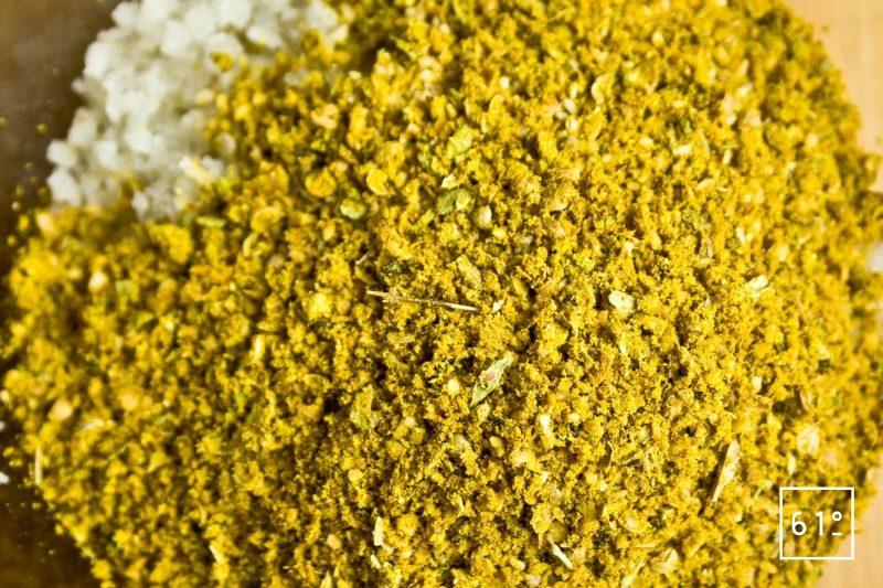 Le sel et le reste des ingrédients