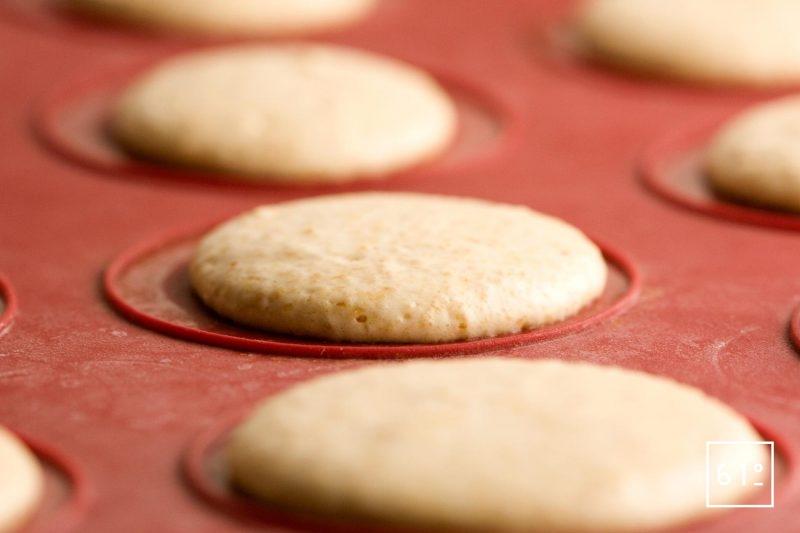 Plateau de pâte à macarons