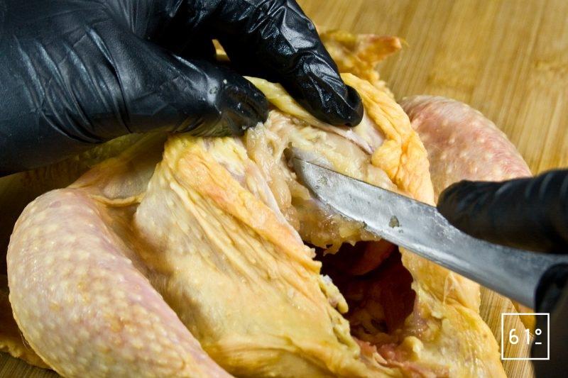 Séparer les filets de la carcasse