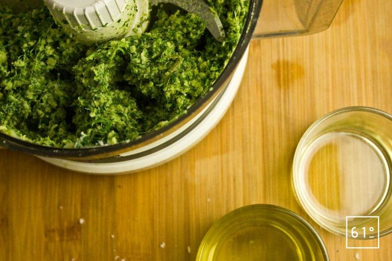 Ajouter les huiles