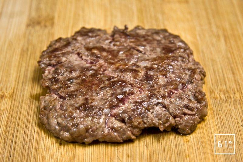 Steak haché de viande maturée au bourbon