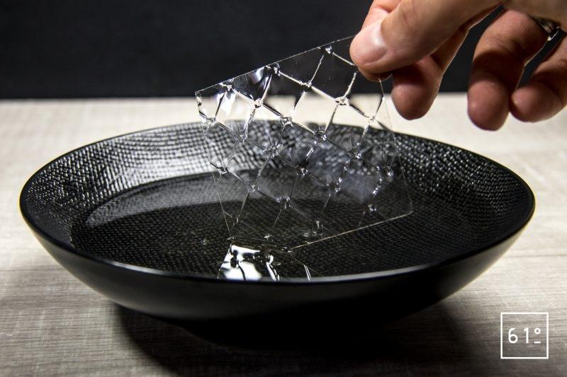 Tremper la gélatine dans l'eau