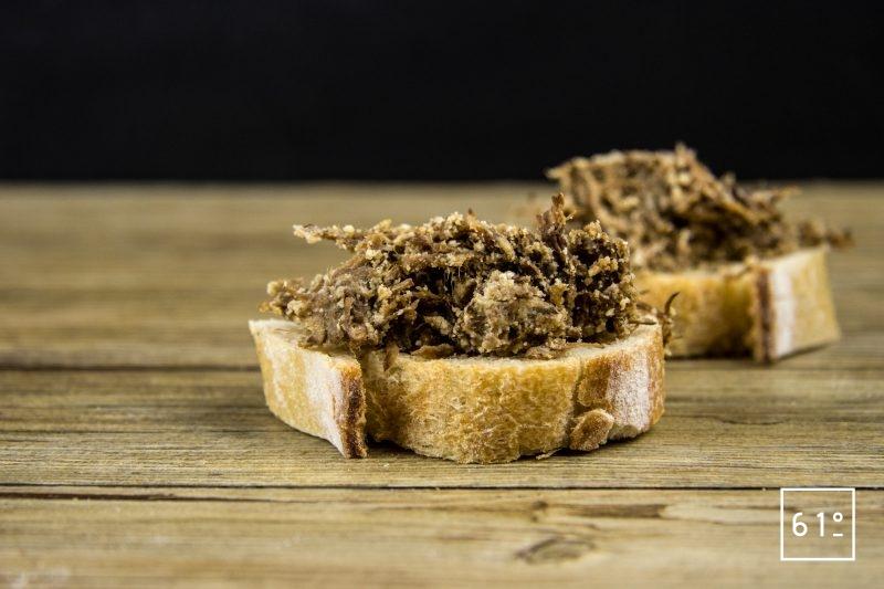 Rillettes de bœuf - servir sur des tranches de pain