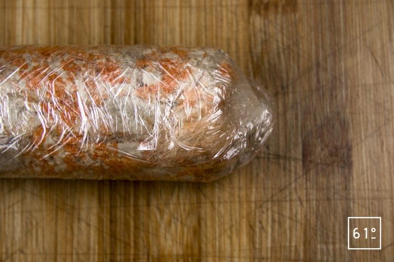 Foie de lotte Ankimo - rouler en cylindre le foie de lotte