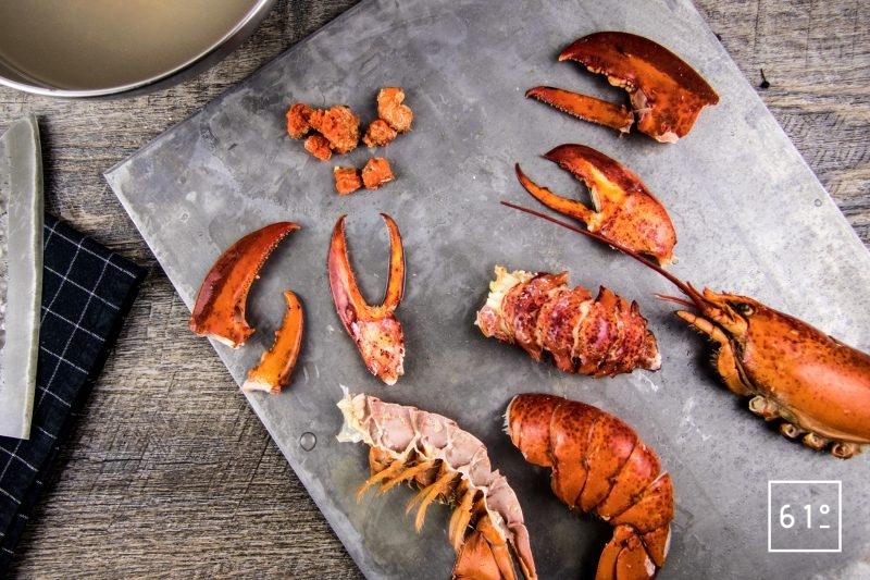 homard à l'américaine - décortiquer les homards