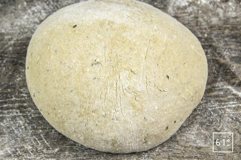 Pain au chanvre - mettre en forme le pain