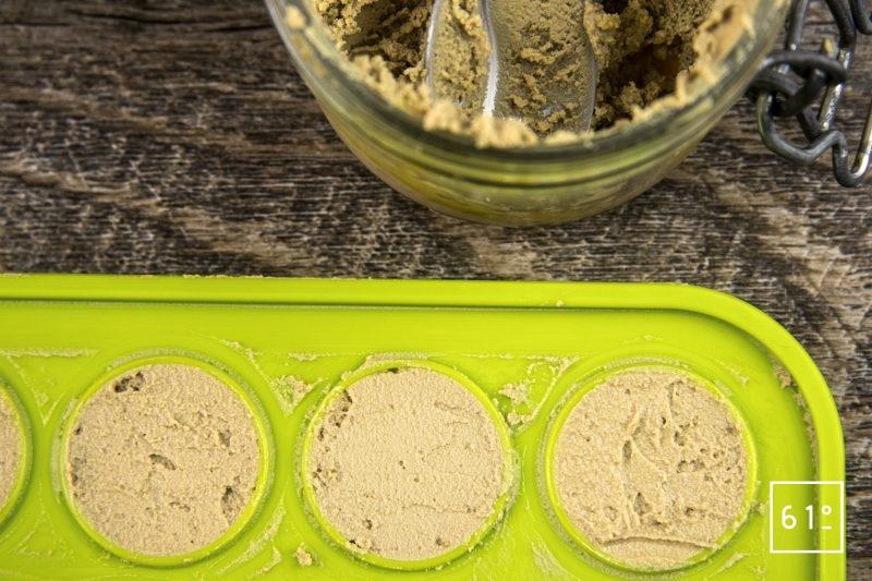 Foie gras et ses déclinaisons de concombre - préparer des demi sphères de parfait de foie gras