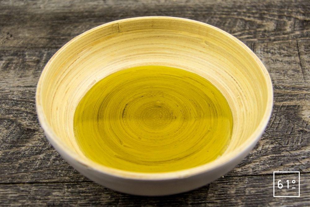 Le chanvre en cuisine - l'huile de chanvre