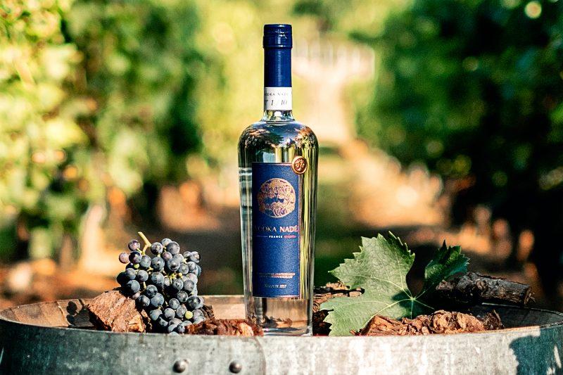 Vodka Nadé fabriquée avec du raisin de Bordeaux