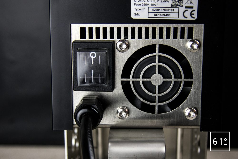 Thermoplongeur à platine Swid Premium - le système d'allumage, le ventilateur du bloc de contrôle