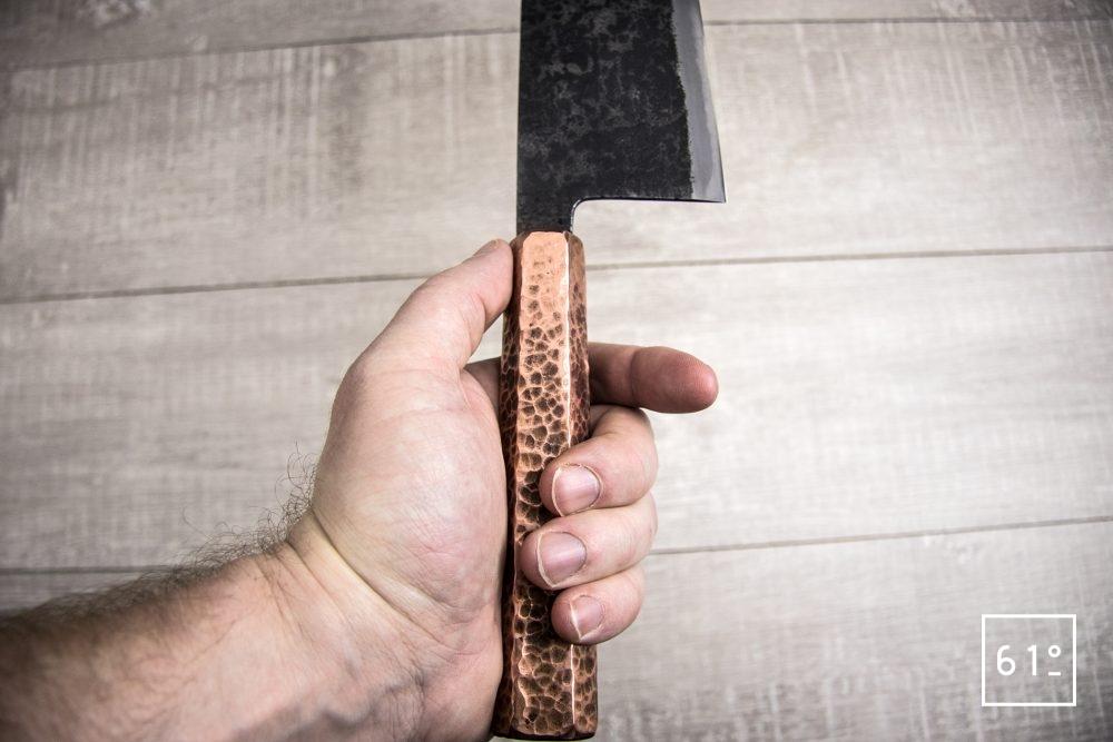 Le santoku de Thomas Galice - le couteau une fois en main
