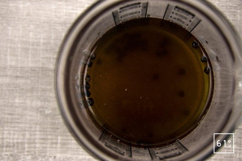 Échalotes lactofermentées - préparer la saumure