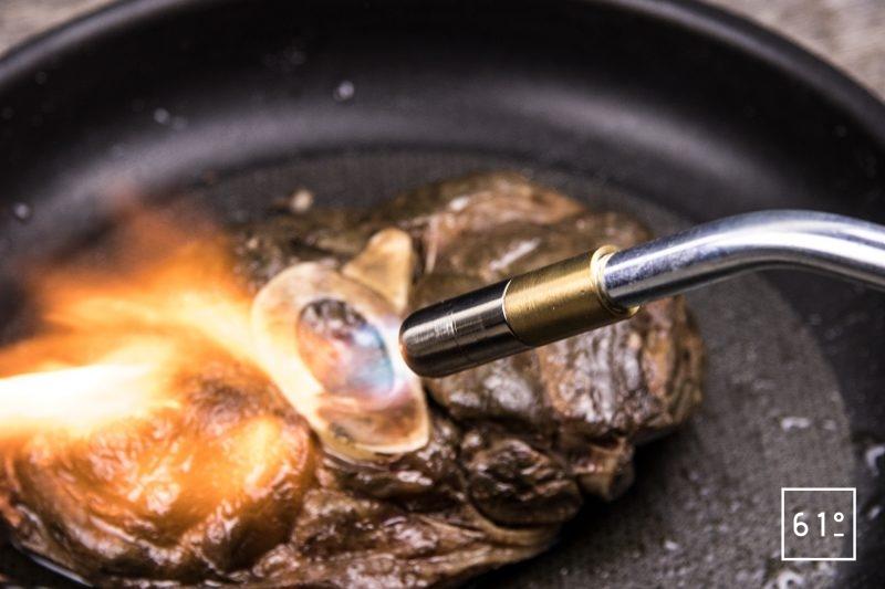 Jarret de bœuf basse température sous vide - saisir