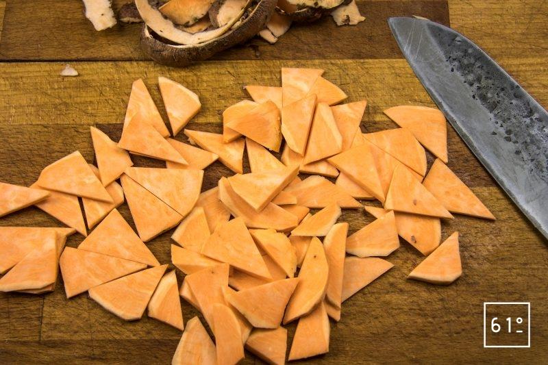 Ballotine de canard - couper les patates douces