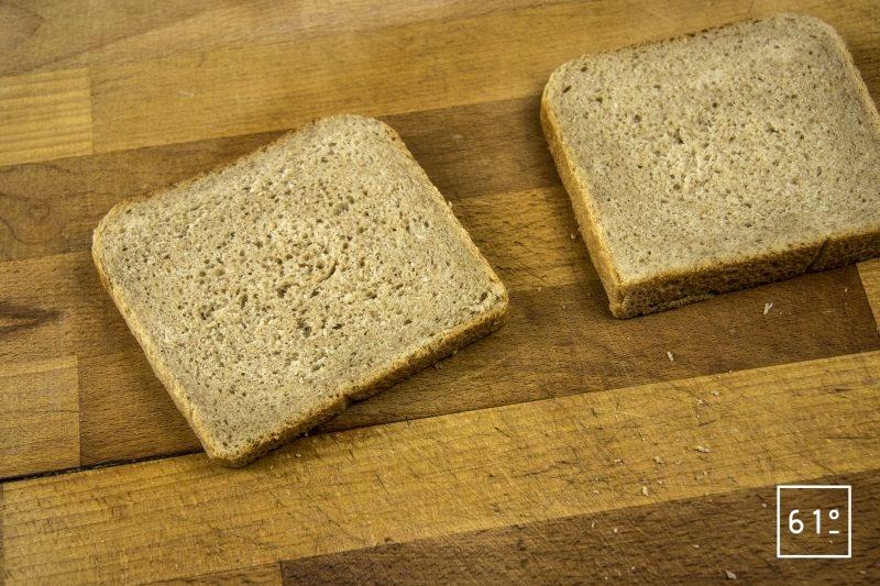 Croc bucheron - couper le pain de mie