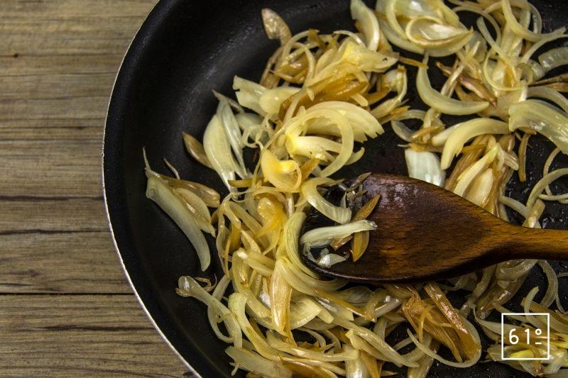 Pâté aux échalotes et oignons lactofermentés - cuire les oignons et échalotes lactofermentés