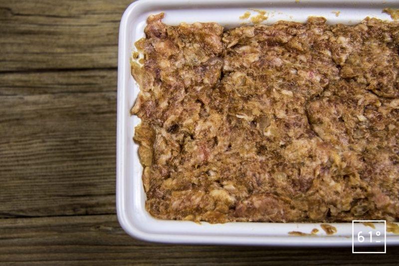 Pâté aux échalotes et oignons lactofermentés - mettre en terrine
