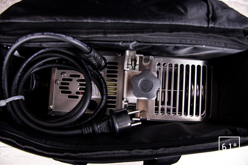 Thermoplongeur SmartVIde 8 plus de chez Sammic - interieur de la saccoche de transport