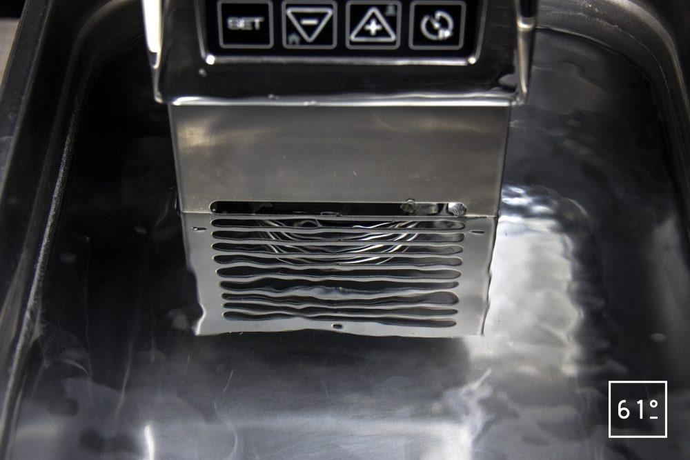 Thermoplongeur SmartVIde 8 plus de chez Sammic - système de brassage en action