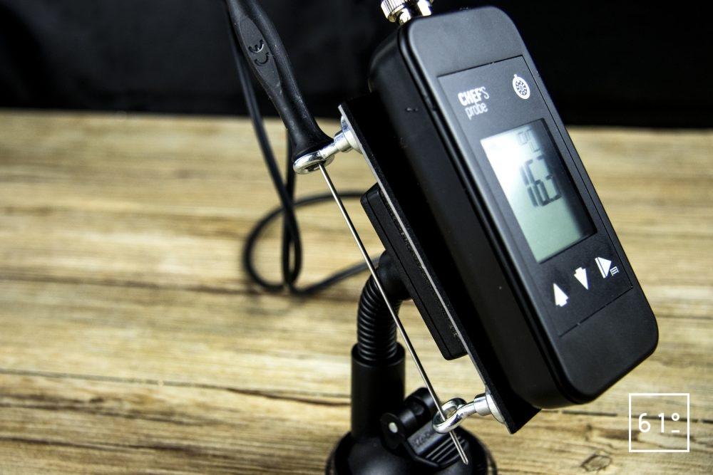 Sonde Pt 1000 Chef's Probe - la sonde dans son repose sonde