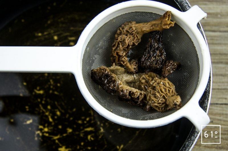 Tartare de Wagyu à la morille et au fruit de la passion - égoutter les morilles
