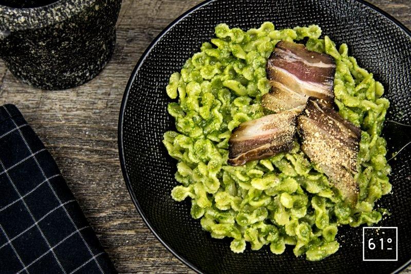 Pesto à l'ail des ours et au miso blanc