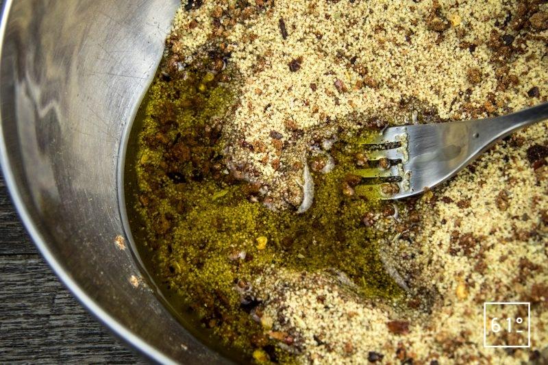 Taboulé aux épices - ajouter l'huile d'olive