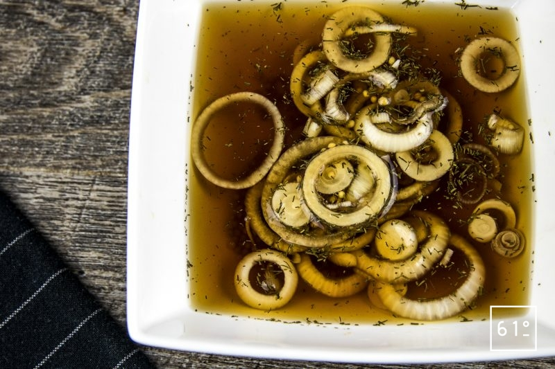 Pickles d'oignons nouveaux à l'aneth