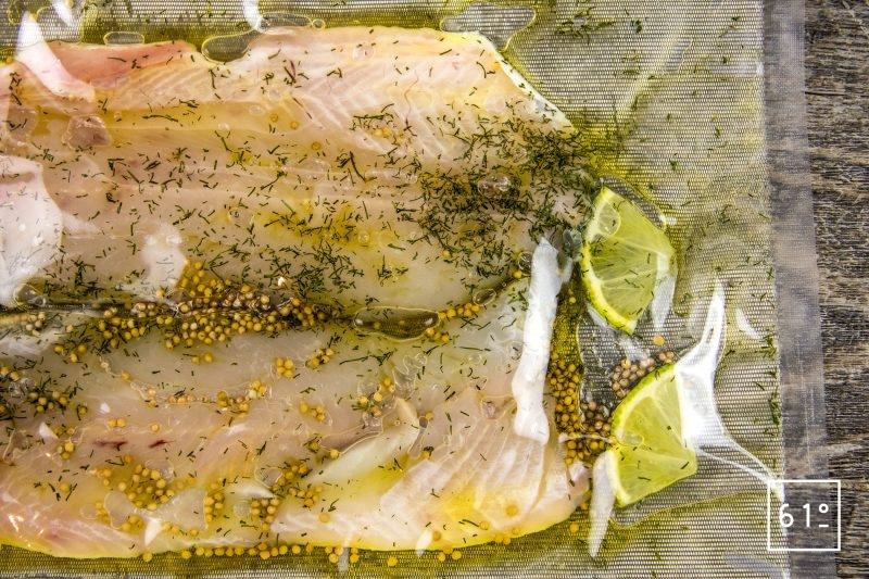 Truites Fario au vin jaune - mettre sous vide les filets de truite Fario