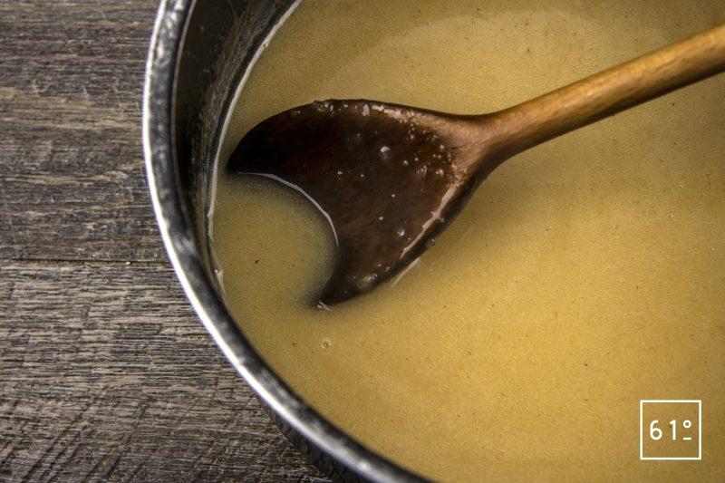 Cancoillotte à l'échalote lactofermenté - ajouter le reste de liquide