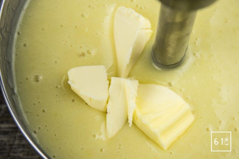 Poireau Vichyssoise ajouter le beurre et mixer à nouveau