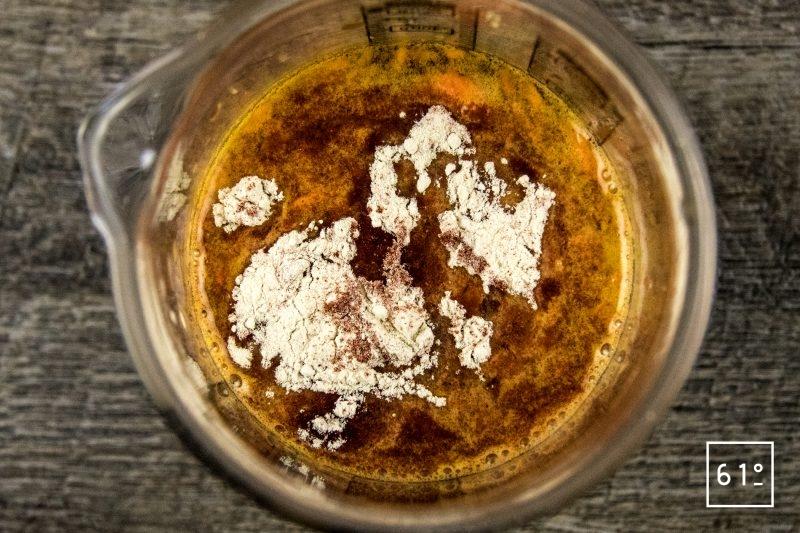 Carottes lactofermentées au pimenton de la Vera et au sel au safran - préparer la saumure