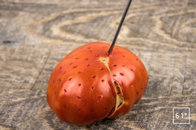 Eau de tomate - piquer la tomate