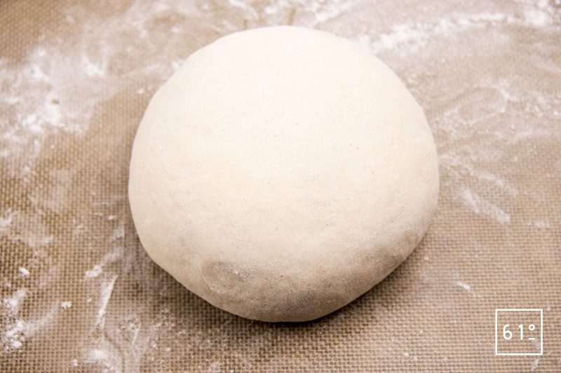 Pain du Lancashire - former une boule