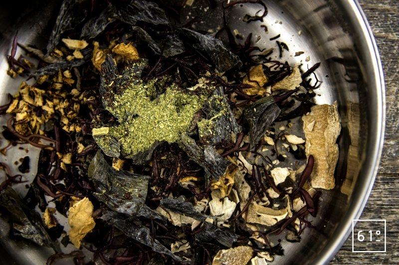 Brochet et sa sauce aux champignons - préparer l'infusion