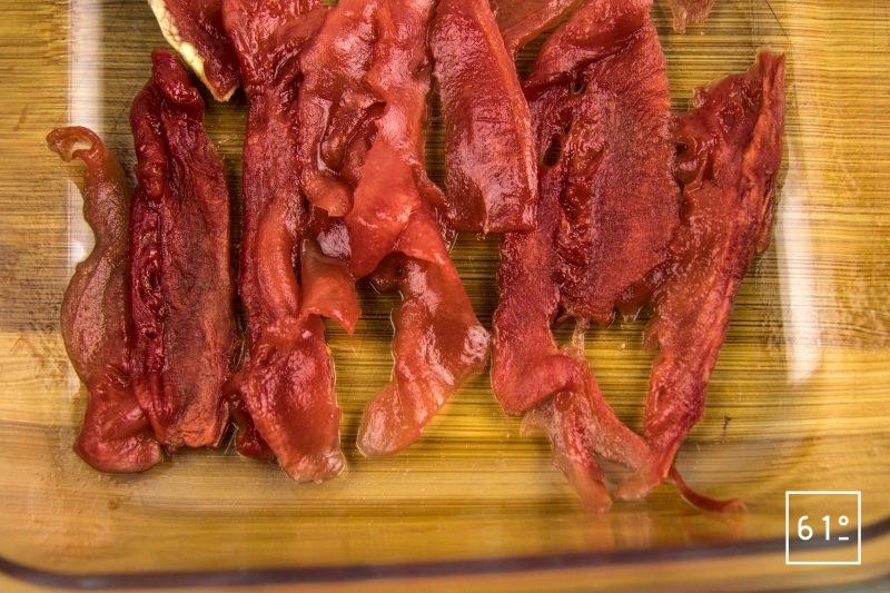 Carpaccio de veau grain de soie et de pastèque - mettre dans un récipient