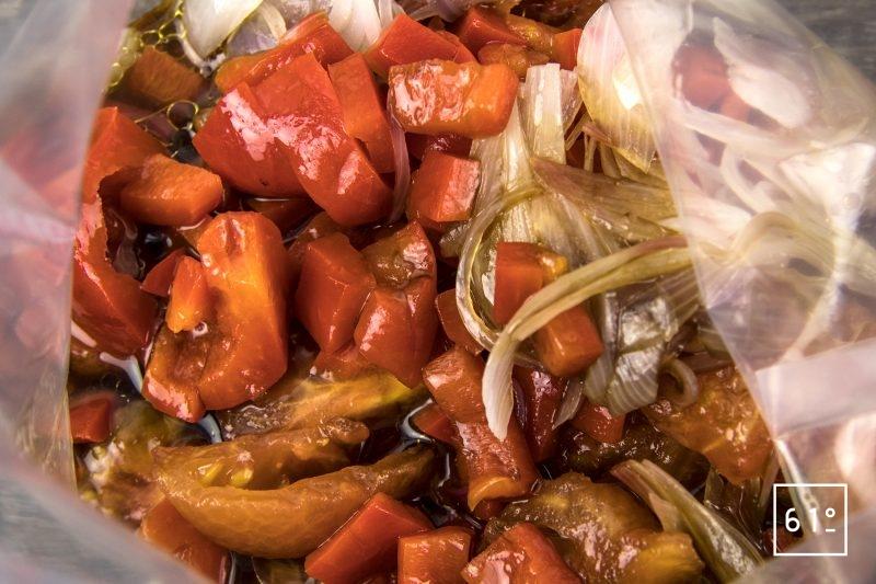 Gravlax de carpe et son gaspacho frais - mettre sous vide