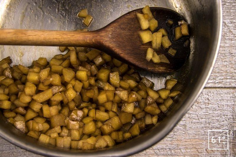 Boudin parmentier - cuire les cubes de pommes