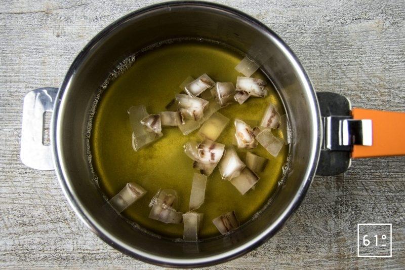 Dashi et lard - faire infuser le lard dans le dashi
