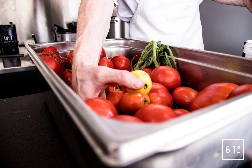 L'Eatinérant - préparation du gaspacho pour demain
