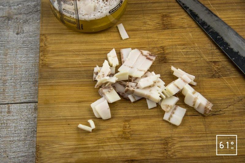 Amuse bouche à l'huitre et à la crème de riz - couper le lard