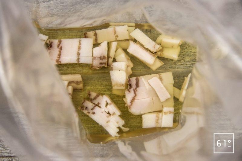 Amuse bouche à l'huitre et à la crème de riz - mettre sous vide la bière et le lard