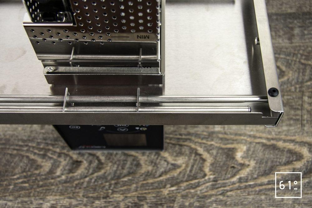 Test du thermoplongeur Diamond de FusionChef Julabo - le système de fixation dessous