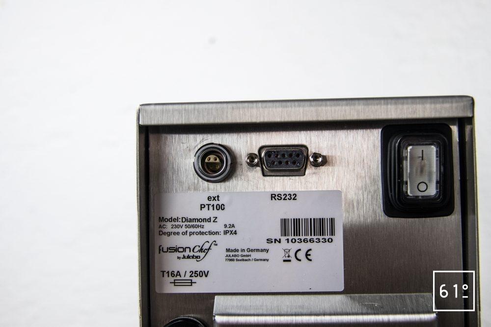 Test du thermoplongeur Diamond de FusionChef Julabo - les fiches de connection