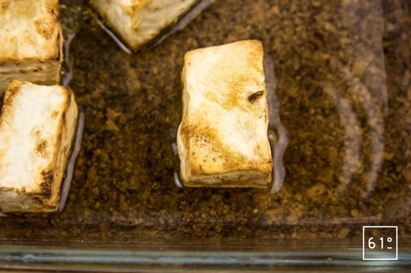 Turbot céleri en deux façon et émulsion d'huîtres - cuire les morceaux de céleri au four