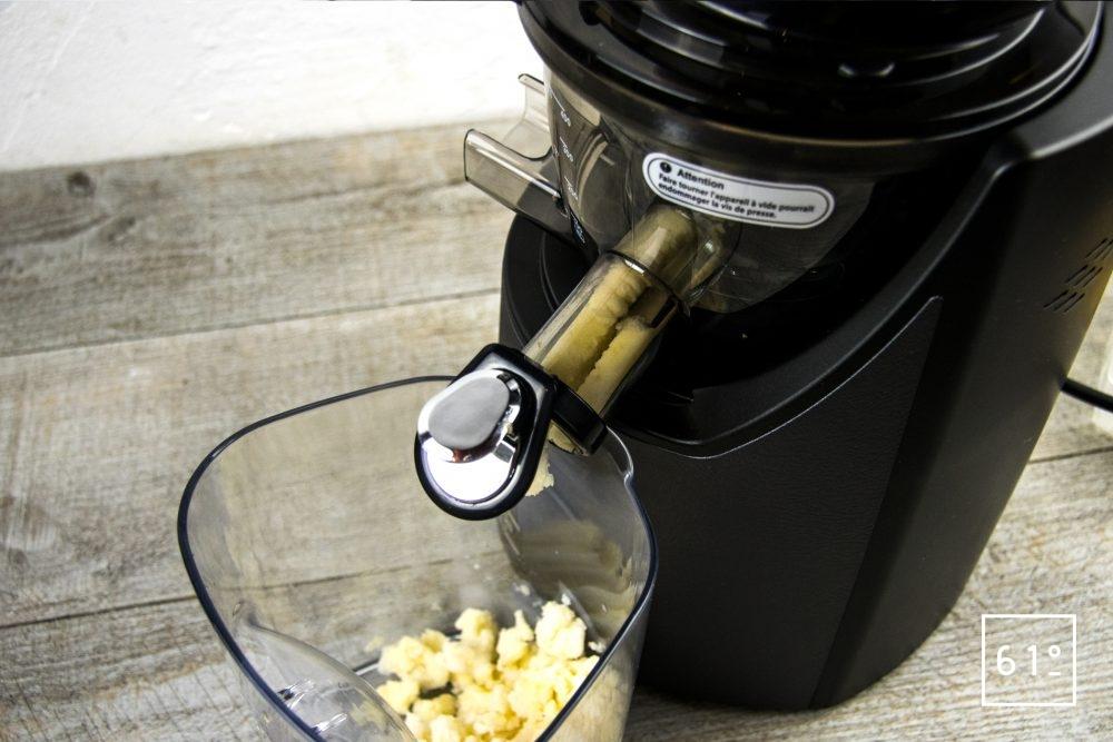 Extracteur de jus Kuving EVO820 - préparer un sorbert