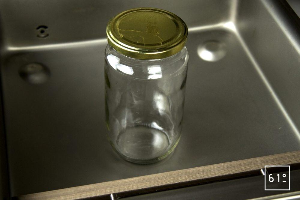 Emballeuse sous vide à cloche Sammic SU 310 - mise sous vide d'un bocal