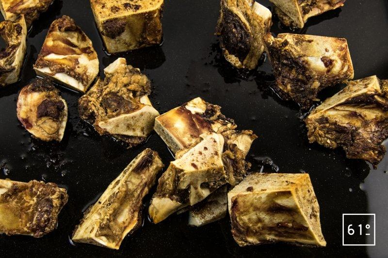 Fond d'os à moelle - cuire les os