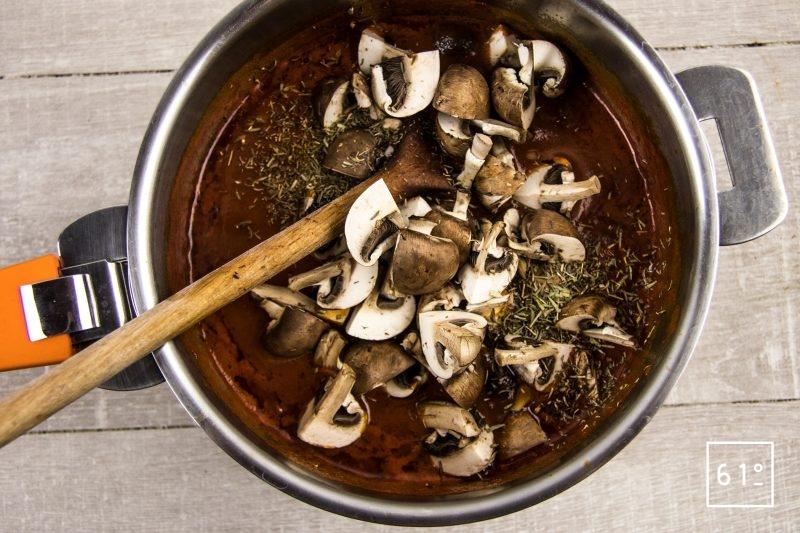 Bœuf Marengo - ajouter les champignons