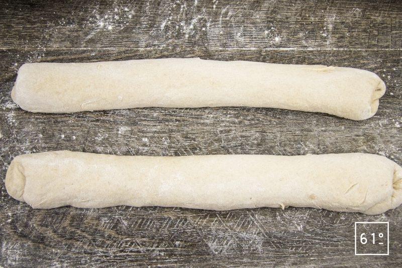 Pain au levain à la fécule de pomme de terre - mettre en forme